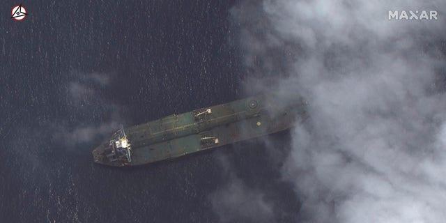 این تصویر ماهواره ای که توسط Maxar Technologies ارائه شده است ، نشان می دهد نفتکش ایرانی Adrian Darya-1 در سواحل تارتوس ، سوریه ، 6 سپتامبر 2019. (Maxar Technologies از طریق AP)