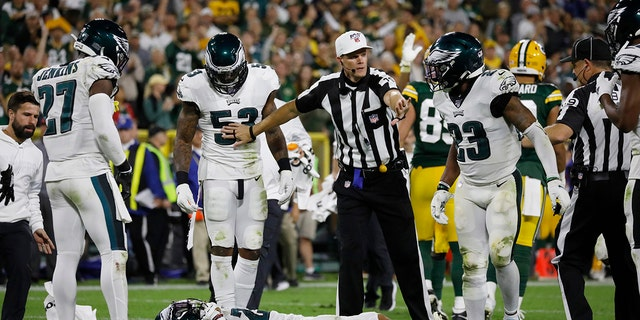 Westlake Legal Group AP19270149700695 Eagles cornerback Avonte Maddox stretchered out after hard hit from teammate in fourth quarter fox-news/sports/nfl/philadelphia-eagles fox-news/sports/nfl fox-news/sports fox news fnc/sports fnc d9cef9dc-9d16-59cf-ad54-61036d259d5e Brie Stimson article