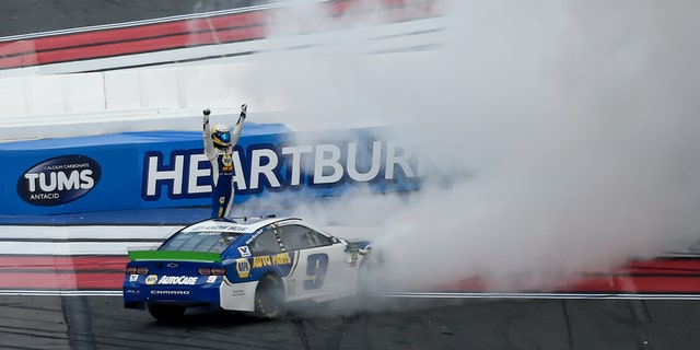 Westlake Legal Group CHASE1 Chase Elliott wins NASCAR Charlotte 'roval' playoff race fox-news/auto/nascar fox-news/auto/attributes/racing fnc/auto fnc Associated Press article 55e1d109-bb5e-5325-8ee1-dc2a07df43ce