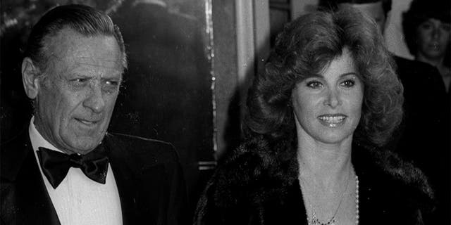 Westlake Legal Group GettyImages-156107152 'Hart to Hart' star Stefanie Powers says she and Robert Wagner 'held each other up' after partners' deaths Stephanie Nolasco fox-news/entertainment/tv fox-news/entertainment/genres/then-and-now fox-news/entertainment/genres/classics fox-news/entertainment/events/departed fox-news/entertainment fox news fnc/entertainment fnc article 36498d3e-f3b7-58d0-8d2b-37d6dc9641d5