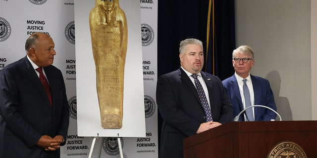The Gold Coffin of Nedjemankh was presented to the Egyptian Minister of Foreign Affairs in a repatriation ceremony. (ICE)