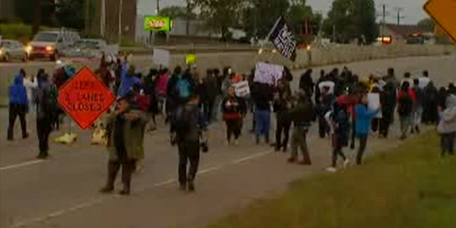 Westlake Legal Group Protest-3 Protests in Minnesota over officer-involved shooting after chase streamed on Facebook Live fox-news/us/us-regions/midwest/minnesota fox-news/us/crime/police-and-law-enforcement fox news Fox 9 fnc/us fnc article 04859457-455a-5310-926b-610f2e2af87d