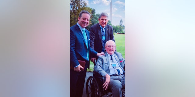 Fox's Ed Henry with NBA legend Bob Cousy and Sen. Joe Manchin D-Wv, at the White House.