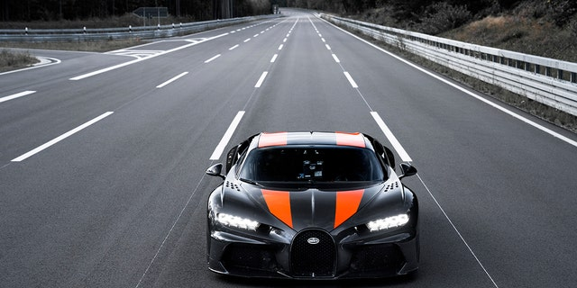 Bugatti Chiron shatters speed record at more than 300 miles per hour