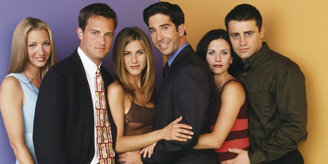 Pictured: (l-r) Lisa Kudrow as Phoebe Buffay, Matthew Perry as Chandler Bing, Jennifer Aniston as Rachel Green, David Schwimmer as Ross Geller, Courteney Cox as Monica Geller, Matt LeBlanc as Joey Tribbiani.
