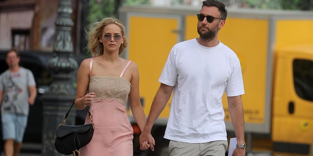 Actress Jennifer Lawrence and her boyfriend, art dealer Cooke Maroney, are engaged after Maroney popped the question.