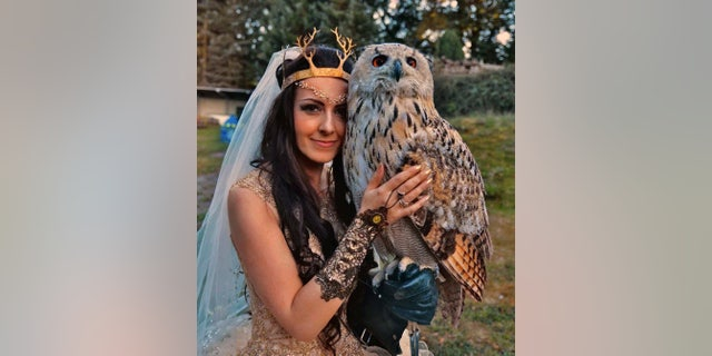 """The couple's ceremony also included an owl-inclusive falconry demonstration set to the music of the """"Harry Potter"""" franchise."""