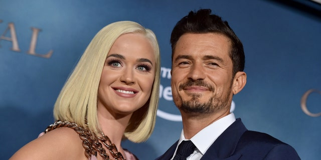 Katy Perry and Orlando Bloom are returning to the United States out of fear of coronavirus.