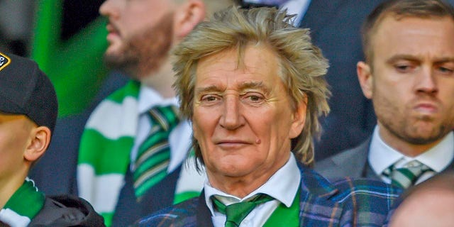 Rod Stewart revealed that he secretly battled prostate cancer for three years. Ronnie Wood of the Rolling Stones was with him when he announced it.