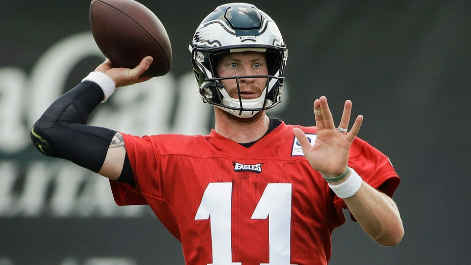 Carson Wentz appears to have 'pushed the Eagles completely into a corner,' Brian Westbrook says