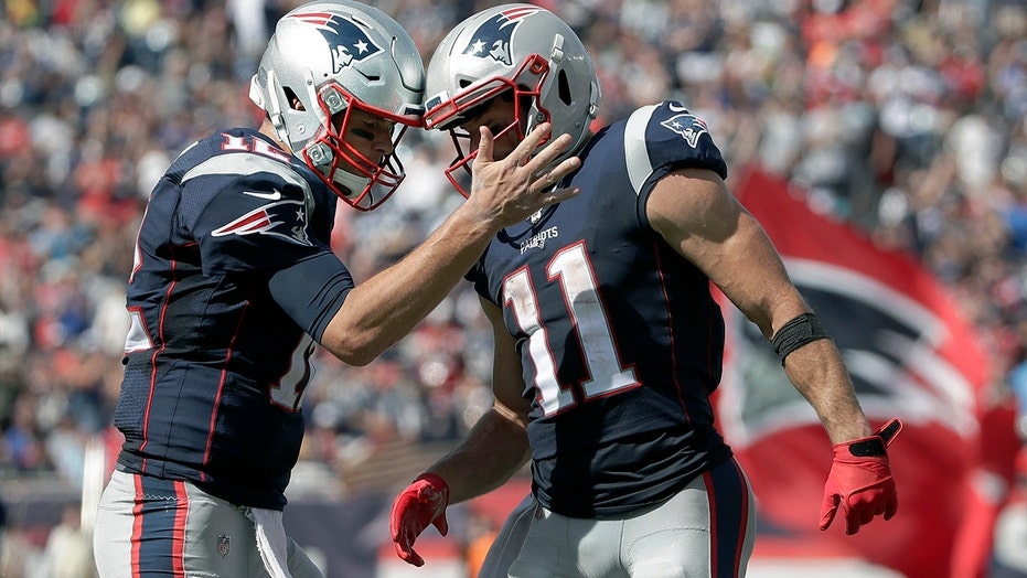 Tom Brady reacts to Julian Edelman retiring: 'You never lost that chip on your shoulder'
