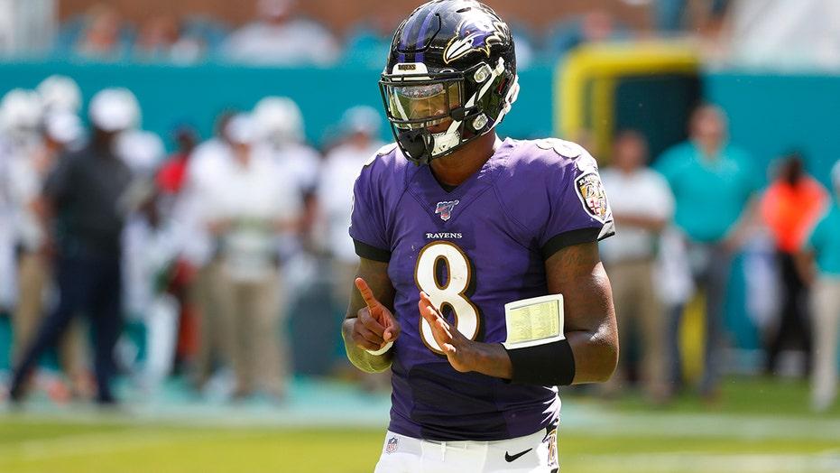 premium selection d2b54 45b4a Baltimore Ravens' Lamar Jackson hits back at critics after 5 ...
