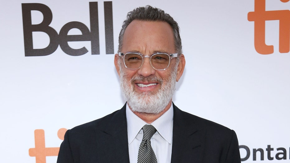 Tom Hanks Discovers He S Related To Fred Rogers Report Fox News