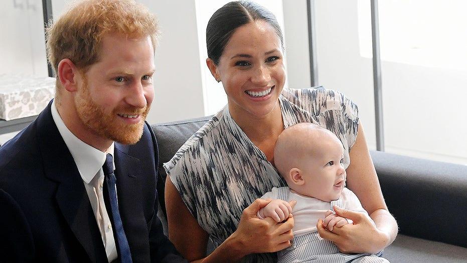 Prense Harry, Meghan Markle ve oğulları Archie.