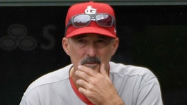 St. Louis Cardinals' Mike Maddux nails two holes-in-one before NLCS Game 3
