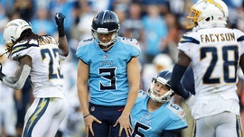 Tennessee Titans' Cody Parkey fails to escape field-goal kicking demons, sets off social media with 'doink'