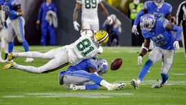 Detroit Lions players, Hall of Famer criticize officiating after close loss to Green Bay Packers