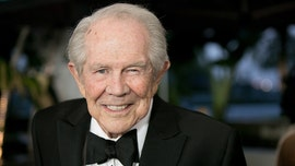 Pat Robertson criticizes Trump's comment about governors looking like 'jerks': 'It isn't cool'