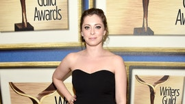 Rachel Bloom sues house flipper for real estate fraud over alleged 'serious defects': report