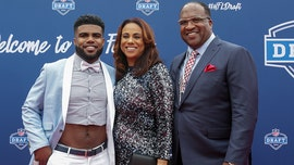 Ezekiel Elliott's dad under investigation after officials say his African cat got loose