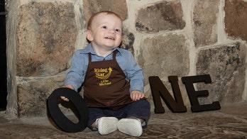 Cracker Barrel-loving family celebrates son鈥檚 first birthday at restaurant chain
