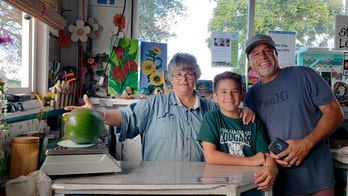 Hawaii family鈥檚 giant avocado earns Guinness World Record