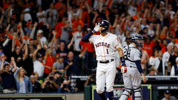 Correa blasts home run in 11th to defeat Yankees 3-2; ALCS tied at 1