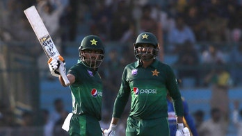 Pakistan cricket chief wants teams to return to his country