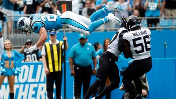 Christian McCaffrey somersaults for touchdown, sets tone for Carolina Panthers' win