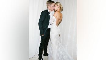 Hailey Baldwin, Justin Bieber share wedding photos