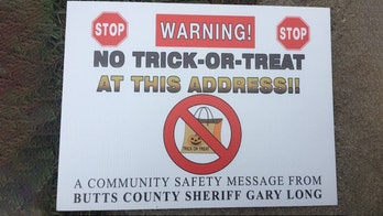 Georgia sheriff's 'No Trick-or-Treat' signs trigger lawsuit from sex offenders