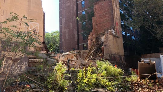 Historic New York City synagogue wall collapse leaves 1 construction worker dead, 1 injured