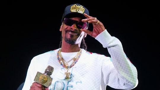 Snoop Dogg addresses controversial performance at Kansas Jayhawks men's basketball event