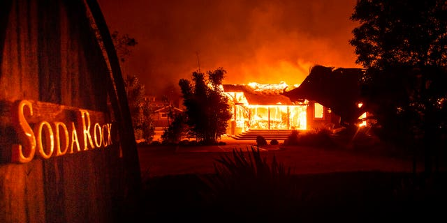 Westlake Legal Group 52057412-AP19300450007698 California wildfires, strong winds prompt Newsom to declare state of emergency; 200,000 ordered to evacuate fox-news/us/us-regions/west/california fox-news/us/disasters/fires fox-news/us/disasters/disaster-response fox news fnc/us fnc Bradford Betz article 72fb1777-4866-53be-a148-e43ae31d747b
