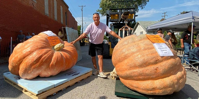 Westlake Legal Group 71870672_2633440706677300_2807045068223938560_o Missouri man breaks his own state record twice with enormous pumpkins Talia Kaplan fox-news/us/us-regions/midwest/missouri fox-news/us fox-news/lifestyle fox-news/food-drink/food fox news fnc/lifestyle fnc article 5a99c55d-9de7-5aaf-a138-95e691658d70