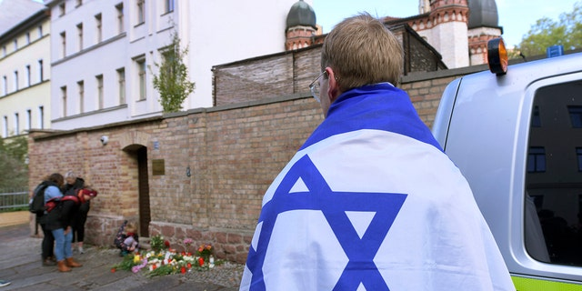 Westlake Legal Group AP19283318985371 German synagogue gunman admits to deadly anti-Semitic attack, also hoped to target mosques: prosecutors Lucia Suarez Sang fox-news/world/world-regions/germany fox-news/world/world-regions/europe fox-news/world/religion/judaism fox-news/world/religion/islam fox-news/topic/anti-semitism fox news fnc/world fnc fcf9652f-a62c-54e4-879c-275df3a8820c article
