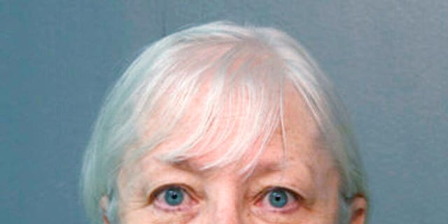 Serial stowaway Marilyn Hartman arrested at O'Hare - again