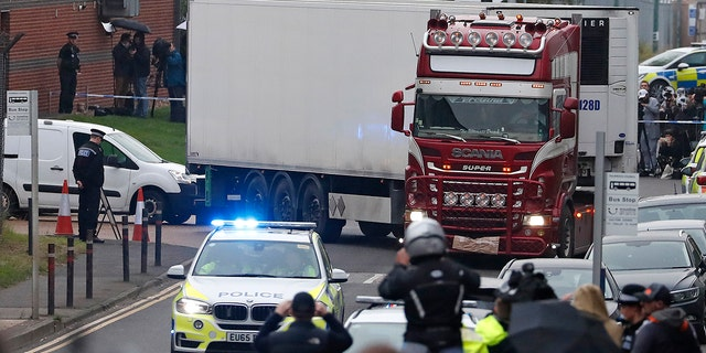 United Kingdom  police name 39 Vietnamese victims found in Essex lorry