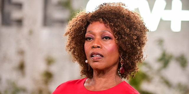 Actress Alfre Woodard opened up about her 'Desperate Housewives' co-star Felicity Huffman.