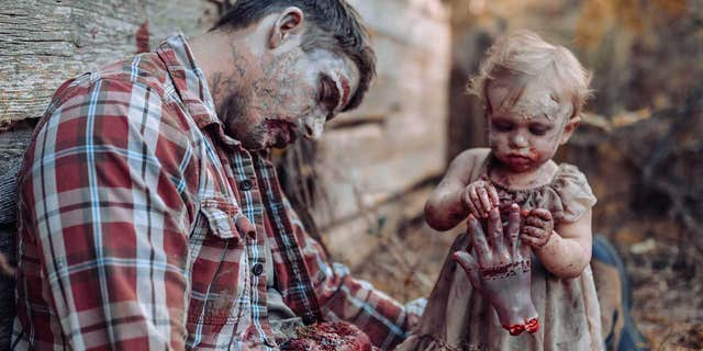 Mom Turns Her Baby Into A Zombie For Family Horror Photoshoot
