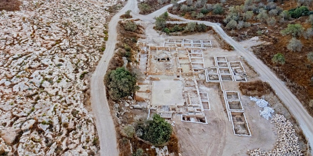 An aerial view of the Ramat Beit Shemesh church site. (Picture: Assaf Peretz, Israel Antiquities Authority)