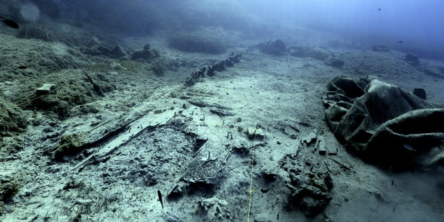 A view of the wreck site from the west. (photo by A. Tourtas)