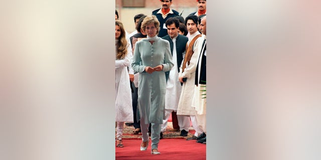 Diana Princess Of Wales in Pakistan. (Photo by Tim Graham Photo Library via Getty Images)