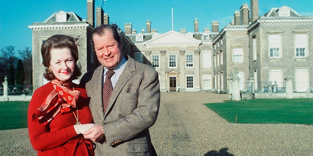 Earl Spencer And His Wife Raine In Front Of Their Home Althorp House.