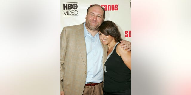 Actors James Gandolfini (L) and Kathrine Narducci