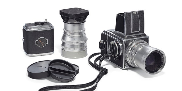 Christie's confirmed to Fox News the auction house is auctioning the camera from Douglas Kirkland's photoshoot with Marilyn Monroe, a 1958 Hasselblad.