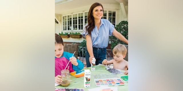 Tiffani Thiessen recently teamed up with Maple Hill Creamery to further share her passion for cooking and feeding her family.