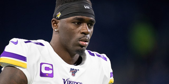 DETROIT, MI - OCTOBER 20: Jayron Kearse #27 of the Minnesota Vikings warms up prior to the start of the game against the Detroit Lions at Ford Field on October 20, 2019 in Detroit, Michigan. Minnesota defeated Detroit 42-30. (Photo by Leon Halip/Getty Images)
