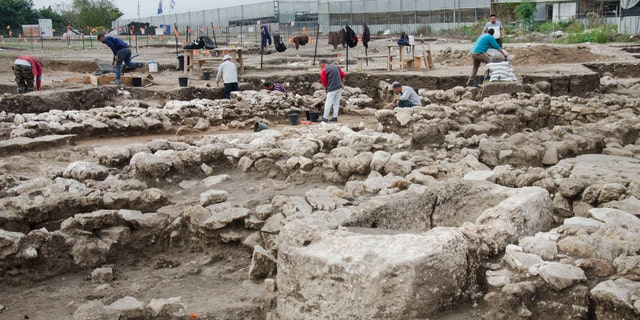 The excavation at the site. (Photo: Yoli Schwartz, Israel Antiquities Authority)