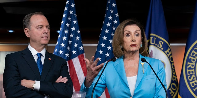To Speaker of the Cal. House, Calif. conferences as democratic parliaments move forward on the impeachment of President Donald Trump at the Washington Capitol, Wednesday, October 2, 2019. (AP Photo / J. Scott Applewhite)